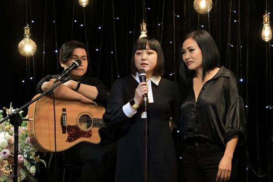 Xúc động đêm nhạc Phương Thanh và  những người bạn tưởng nhớ ca sĩ Minh Thuận ảnh 1