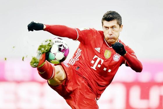 Ghi 30 bàn sau 31 trận, Robert Lewandowski  vẫn là vũ khí tối thượng của Bayern