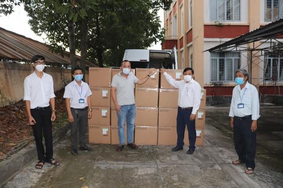 Sun Group ủng hộ Tây Ninh hơn 10 tỷ đồng trang thiết bị y tế chống dịch Covid-19  ảnh 1