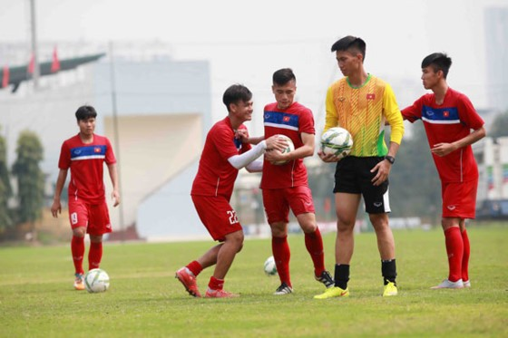 Đội tuyển U20 Việt Nam đang tập luyện thể lực