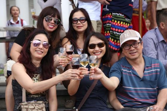 Ngất ngây trong không gian sôi động của Lễ hội rượu vang Sun World Ba Na Hills ảnh 11