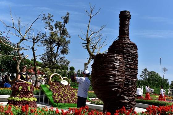 Ngất ngây trong không gian sôi động của Lễ hội rượu vang Sun World Ba Na Hills ảnh 3