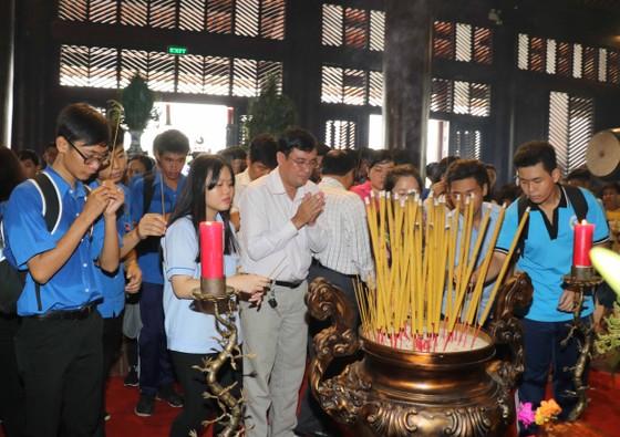 TPHCM tổ chức Lễ Giỗ lần thứ 317 Đức Lễ Thành Hầu Nguyễn Hữu Cảnh  ảnh 1