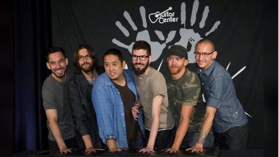 Thủ lĩnh ban nhạc Linkin Park tự tử ở tuổi 41 ảnh 3