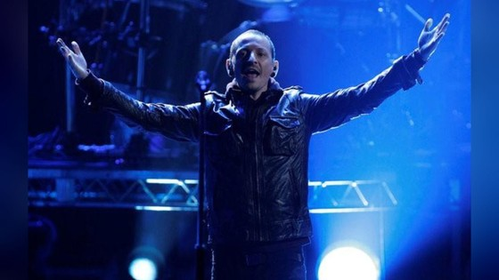 Thủ lĩnh ban nhạc Linkin Park tự tử ở tuổi 41 ảnh 2
