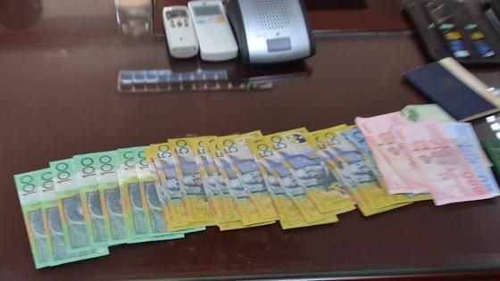 Điều tra tài xế Grabcar nghi trộm tài sản của khách nước ngoài ảnh 1