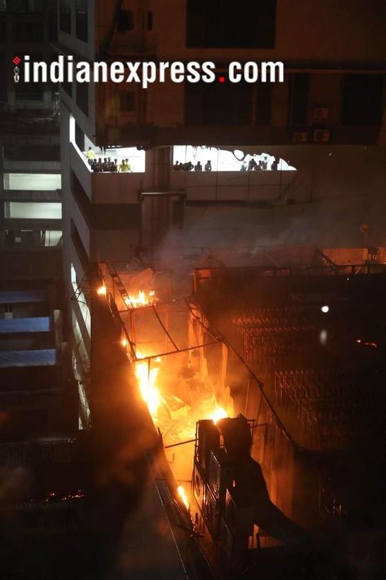 Ấn Độ: Cháy trung tâm thương mại, ít nhất 14 người chết, 16 người bị thương ảnh 1