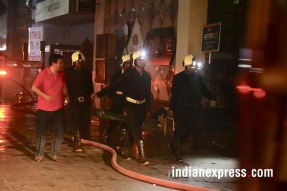 Ấn Độ: Cháy trung tâm thương mại, ít nhất 14 người chết, 16 người bị thương ảnh 7