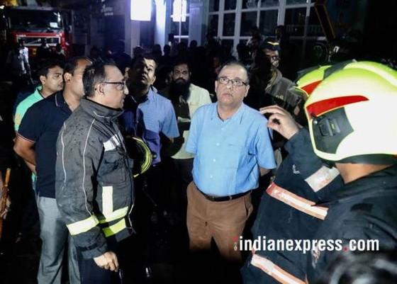 Ấn Độ: Cháy trung tâm thương mại, ít nhất 14 người chết, 16 người bị thương ảnh 12