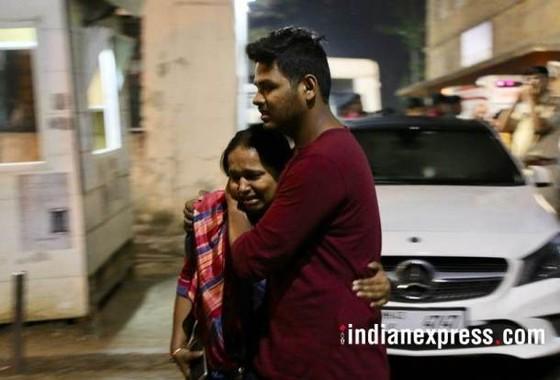 Ấn Độ: Cháy trung tâm thương mại, ít nhất 14 người chết, 16 người bị thương ảnh 14