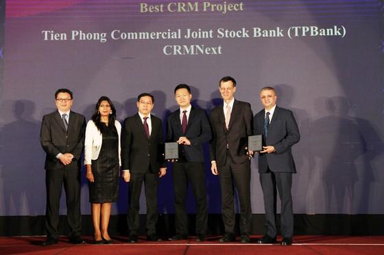 TPBank nhận cùng lúc 3 giải thưởng quốc tế uy tín về Ngân hàng số ảnh 1