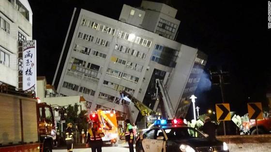 Động đất 6,5 độ Richter tại Đài Loan (Trung Quốc): Lực lượng cứu hộ chạy đua với thời gian tìm kiếm người mất tích ảnh 1