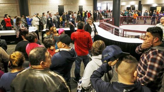 Mỹ: Giáo viên nổ súng trong trường học ảnh 2