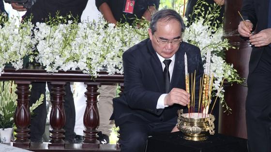 Lễ an táng nguyên Thủ tướng Phan Văn Khải ảnh 5