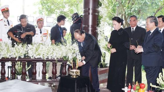 Lễ an táng nguyên Thủ tướng Phan Văn Khải ảnh 1