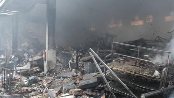 Cháy lớn thiêu rụi chợ Quang ở Thanh Trì, Hà Nội  ảnh 3