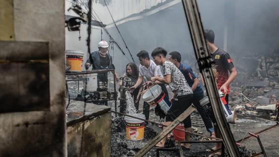Cháy lớn thiêu rụi chợ Quang ở Thanh Trì, Hà Nội  ảnh 5