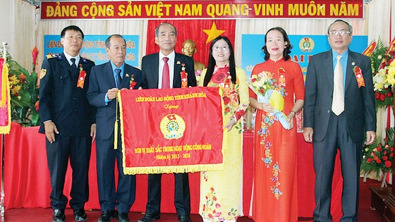 Công đoàn Yến sào Khánh Hòa vận động  hơn 25 tỷ đồng cho công tác xã hội ảnh 2