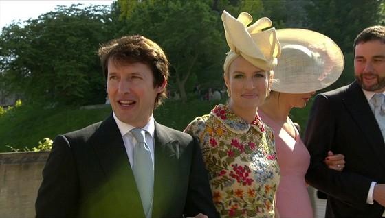 Hoàng tử Harry và Meghan Markle chính thức là vợ chồng ảnh 56