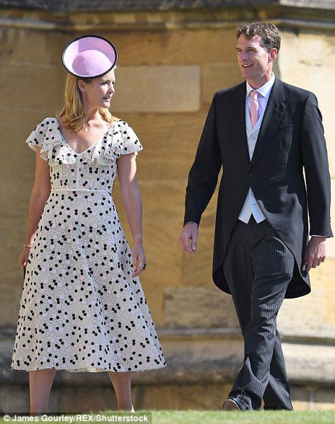 Hoàng tử Harry và Meghan Markle chính thức là vợ chồng ảnh 47