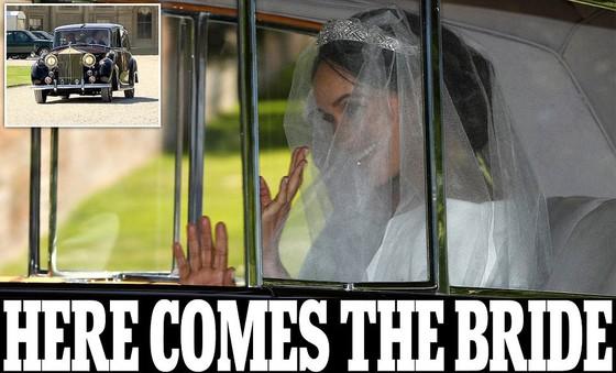 Hoàng tử Harry và Meghan Markle chính thức là vợ chồng ảnh 34
