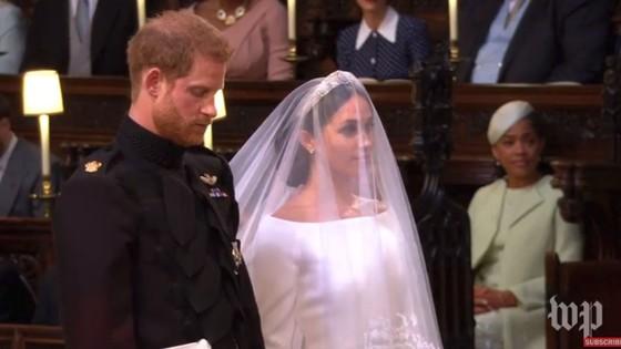 Hoàng tử Harry và Meghan Markle chính thức là vợ chồng ảnh 25