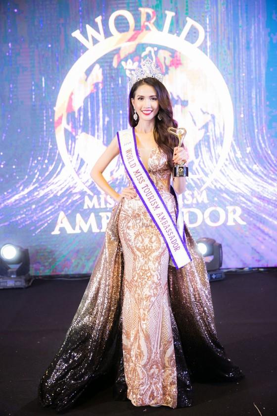 Phan Thị Mơ đăng quang Hoa hậu Đại sứ Du lịch Thế giới 2018 ảnh 3