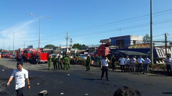 Xe bồn chở xăng gây cháy, 6 người thiệt mạng ảnh 3