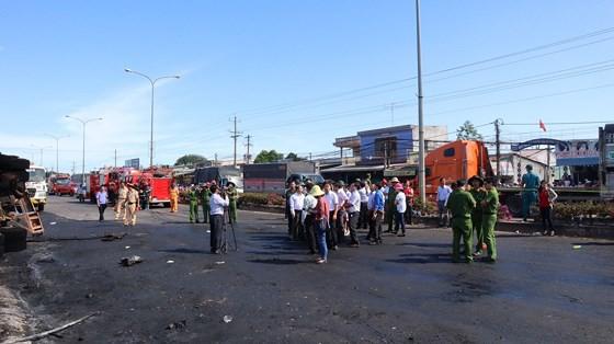Xe bồn chở xăng gây cháy, 6 người thiệt mạng ảnh 4