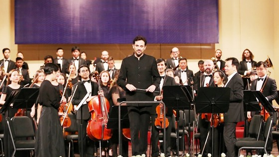 Dàn nhạc Giao hưởng Mặt Trời sẽ có buổi hòa nhạc ấn tượng cùng nghệ sĩ violon nổi tiếng Nhật Bản ảnh 1