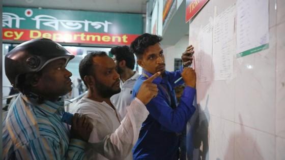 Ít nhất 81 người thiệt mạng trong vụ cháy chung cư tại Bangladesh ảnh 11