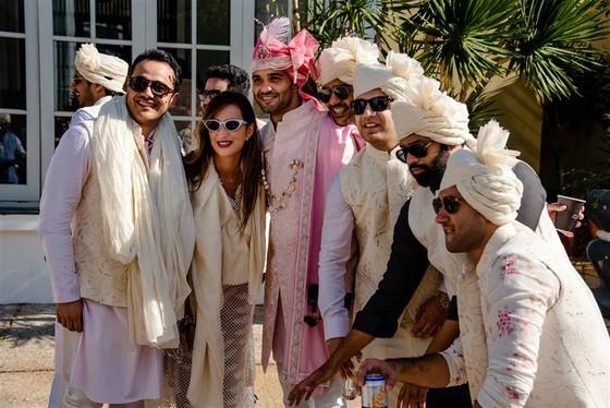 Cận cảnh đám cưới xa xỉ của tỷ phú Ấn Độ tại khách sạn 5 sao JW Marriott Phu Quoc Emerald Bay ảnh 10
