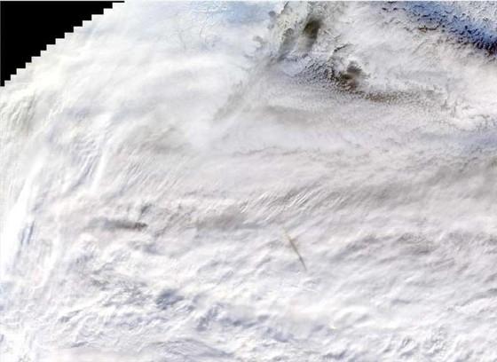 NASA công bố hình ảnh vụ nổ thiên thạch cực mạnh ảnh 2