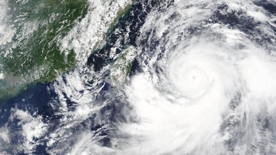 Bão Lekima đổ vào Đông Nam Trung Quốc, hàng trăm nghìn người phải sơ tán ảnh 3