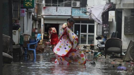 Bão Lekima tiếp tục hoành hành tại Trung Quốc, số người chết tăng ảnh 3