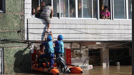 Bão Lekima tiếp tục hoành hành tại Trung Quốc, số người chết tăng ảnh 4
