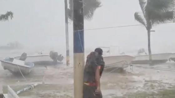 Bão Dorian gây lụt nặng tại đảo quốc Bahamas, nhiều người thương vong ảnh 1