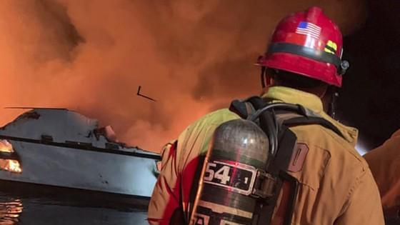 Cháy tàu lặn ở Mỹ, 25 người thiệt mạng, 9 người mất tích   ảnh 2