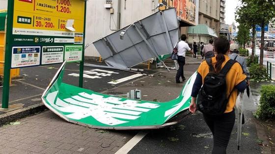 Siêu bão Faxai đổ bộ Nhật Bản, giao thông nhiều nơi tê liệt ảnh 3