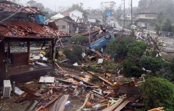 Nhật Bản tan hoang sau siêu bão Hagibis ảnh 16