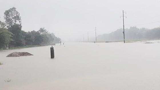 Miền Trung mưa lớn, nhiều nơi ngập lụt,Trung tâm Dự báo khí tượng - thủy văn quốc gia  ảnh 1