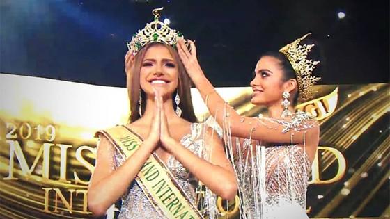 Người đẹp Venezuela đăng quang Hoa hậu Hòa bình Quốc tế, đại diện Việt Nam dừng ở Top 10 ảnh 2