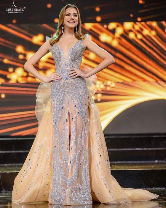 Người đẹp Venezuela đăng quang Hoa hậu Hòa bình Quốc tế, đại diện Việt Nam dừng ở Top 10 ảnh 5