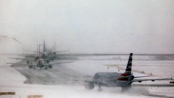 """""""Cơn ác mộng"""" bão tuyết tại Mỹ  ảnh 3"""
