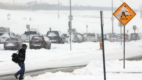 """""""Cơn ác mộng"""" bão tuyết tại Mỹ  ảnh 2"""