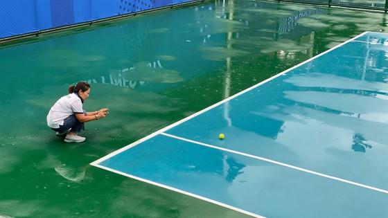 Quần vợt SEA Games cuống cuồng vì bão Kammuri ảnh 1
