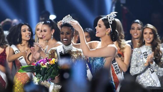 Người đẹp Nam Phi đăng quang Miss Universe 2019, đại diện Việt Nam - Hoàng Thùy dừng chân Top 20 ảnh 8
