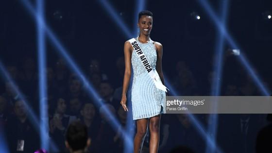 Người đẹp Nam Phi đăng quang Miss Universe 2019, đại diện Việt Nam - Hoàng Thùy dừng chân Top 20 ảnh 17