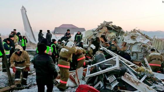Rơi máy bay tại Kazakhstan, ít nhất 14 người thiệt mạng ảnh 3