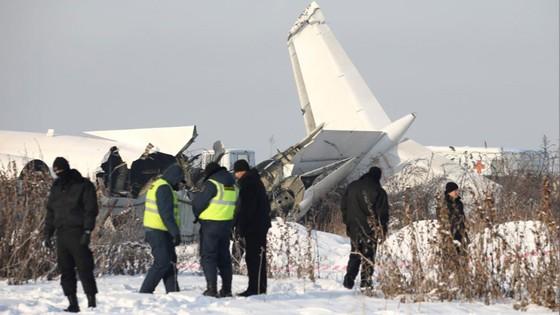 Rơi máy bay tại Kazakhstan, ít nhất 14 người thiệt mạng ảnh 2